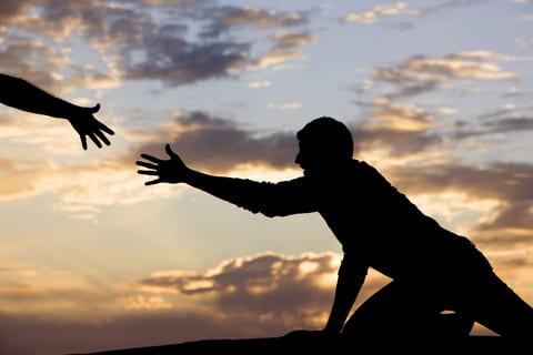 Berbuat baik kepada sesama