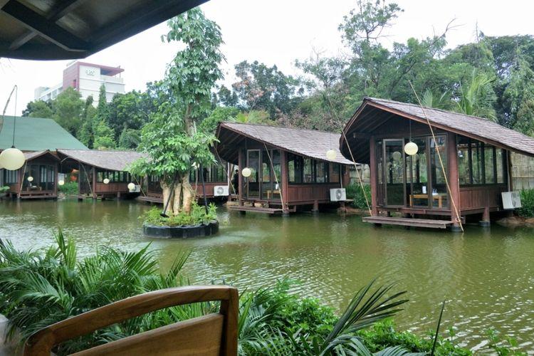 Tempat makan Telaga Sampireun- Kompas.com
