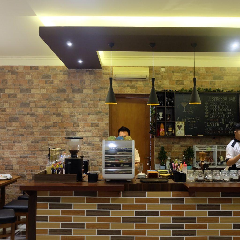 Café Oasis Pekalongan