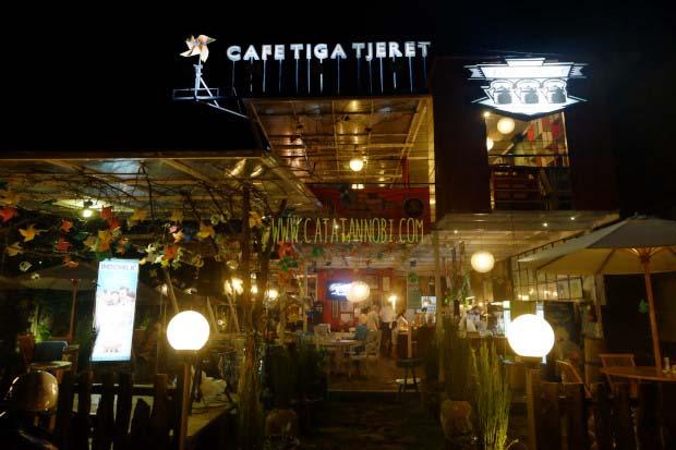 Cafe Tiga Tjeret - Catatanobi.com