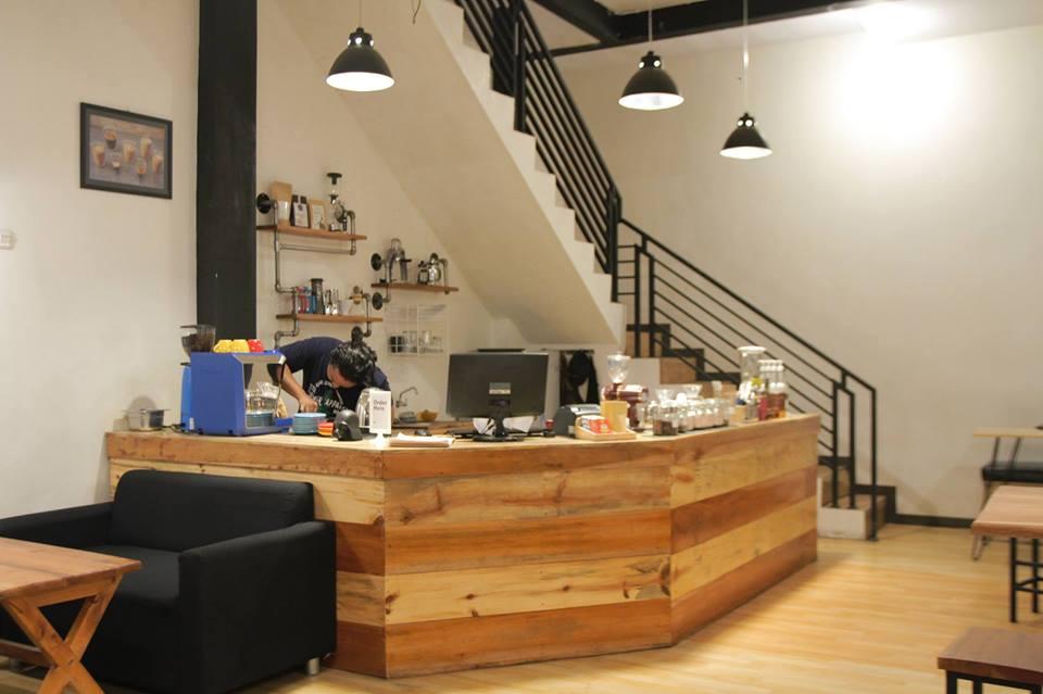 High Café And Share