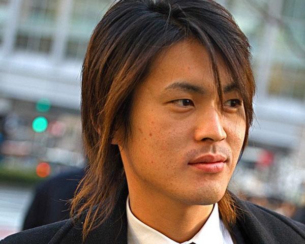 Model Rambut Yakuza Kenji